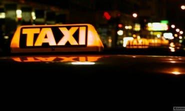 Un pub de Torrejón paga el taxi de vuelta a casa a sus clientes