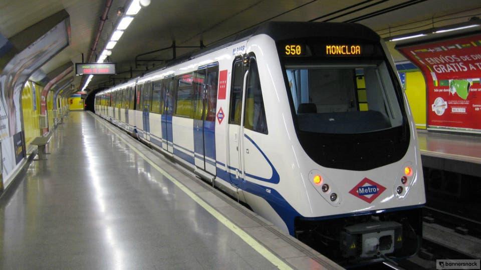 Desalojan todas las estaciones del Metro por error