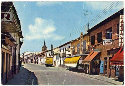 Historia de una fotograf a calle enmedio torrej n a os for Oficina de empleo torrejon de ardoz