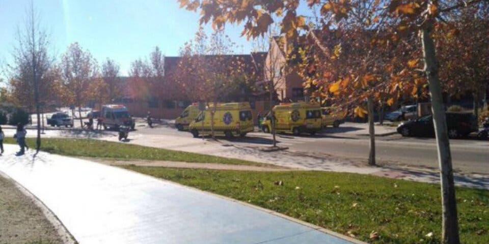 Cuatro heridos en Paracuellos en un choque frontal de motos