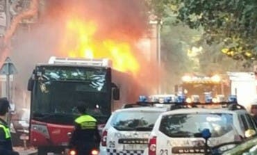 Se incendia un autobús urbano en Alcalá sin provocar heridos