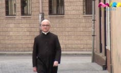 Video- Alcalá cuenta con uno de los pocos curas exorcistas que hay en España