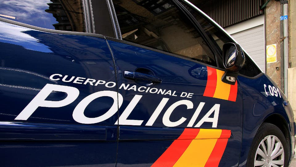 Detenidos cuatro jóvenes en Alcalá por amenazar a menores a la salida de institutos