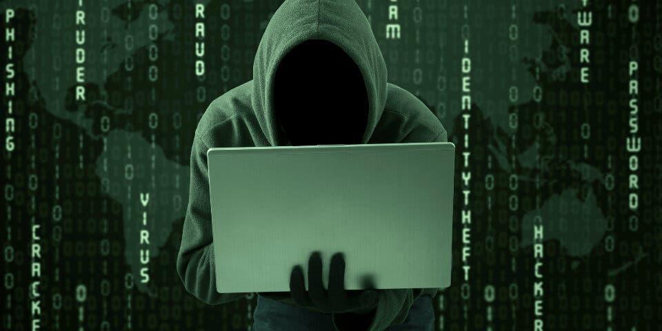 El jefe de los espías españoles inaugura unas jornadas sobre ciberdefensa en Alcalá
