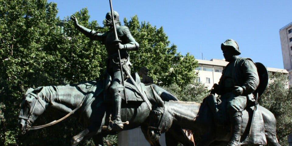 Madrid plantea quitar el monumento a Cervantes de Plaza de España