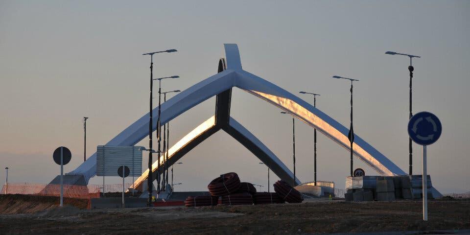 Así se hizo el Puente del Arco sobre la A2 en Torrejón