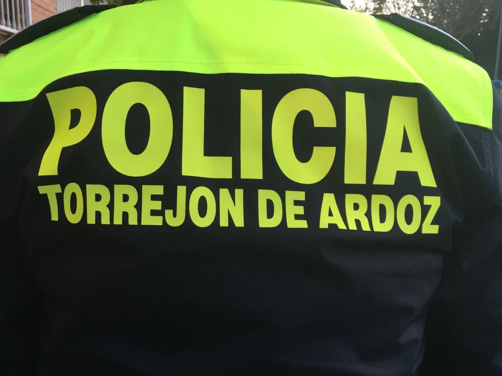 Denunciados en Torrejón por realizar pintadas en mobiliario urbano y vehículos