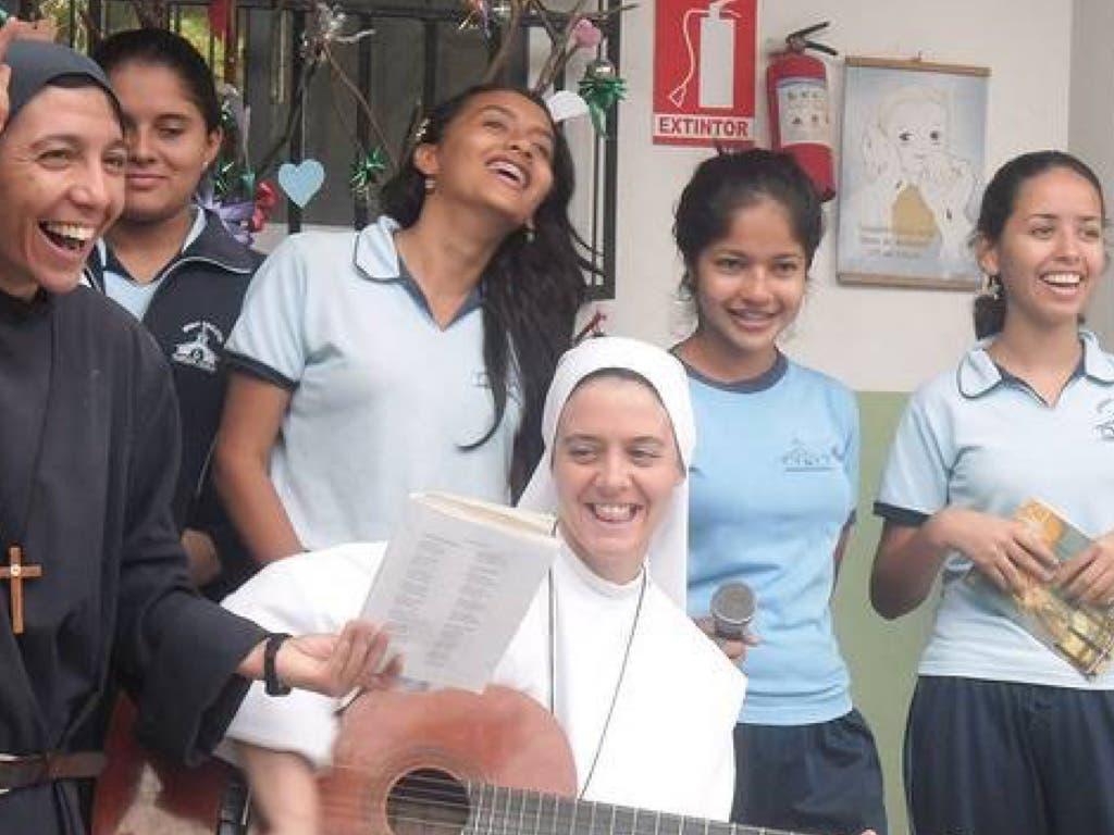 Una comunidad de monjas de Alcalá desoladas tras el terremoto de Ecuador
