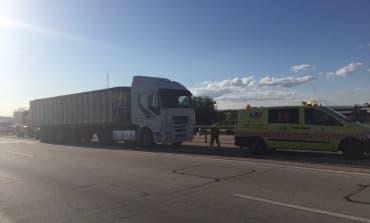 Una mujer muy grave tras ser atropellada por un camión en la A3, en Arganda