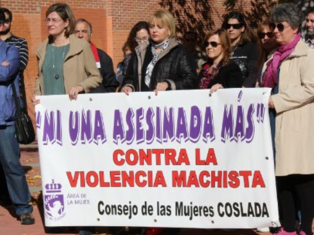 Critican al Ayuntamiento por dejar de convocar concentraciones por violencia de género
