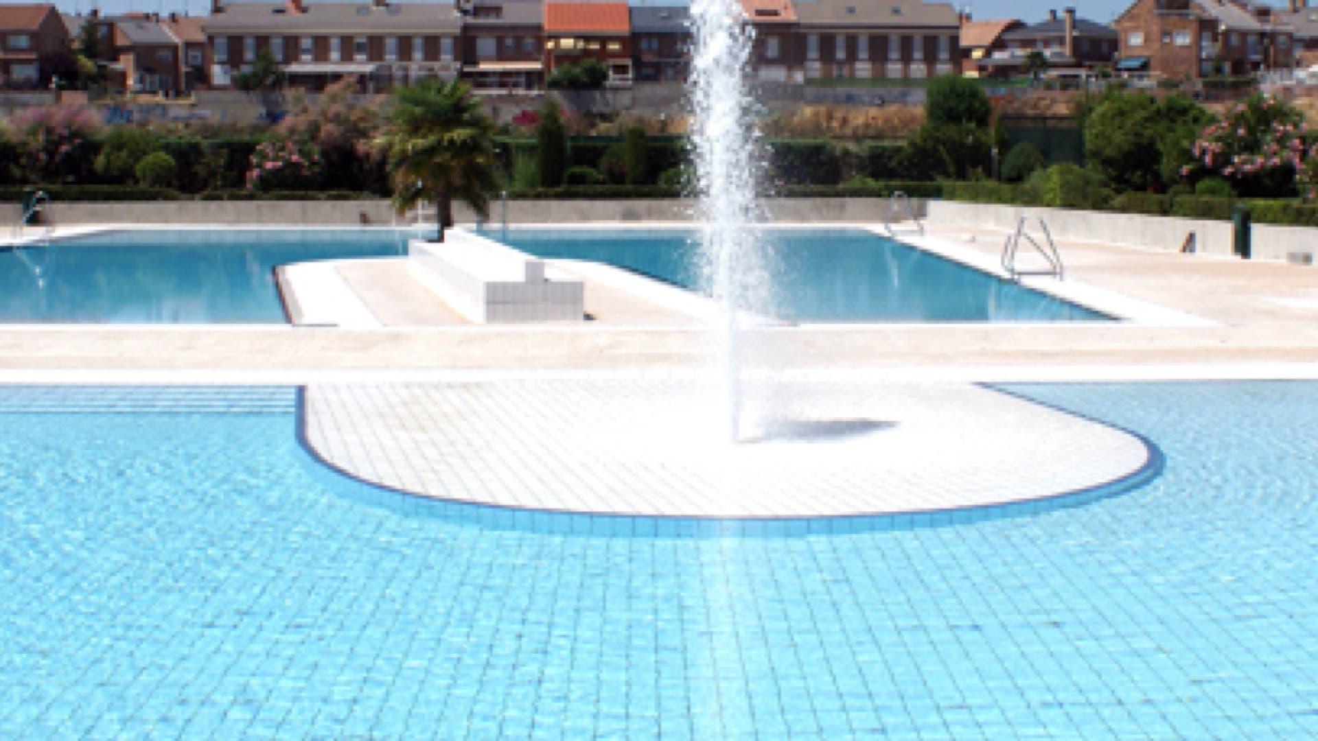 Las piscinas y los planes m s refrescantes del corredor for Piscina municipal arganda del rey