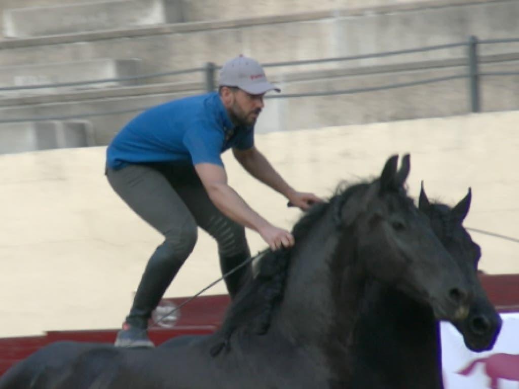 El joven ganador de Tú Sí Que Vales, Santi Serra, esta tarde en Alcalá