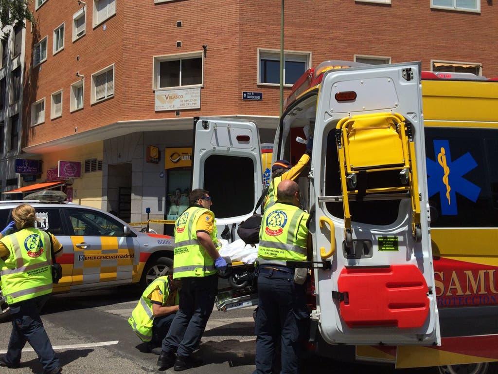 Sufre la semiamputación de las piernas tras ser arrollado por un autobús en Madrid