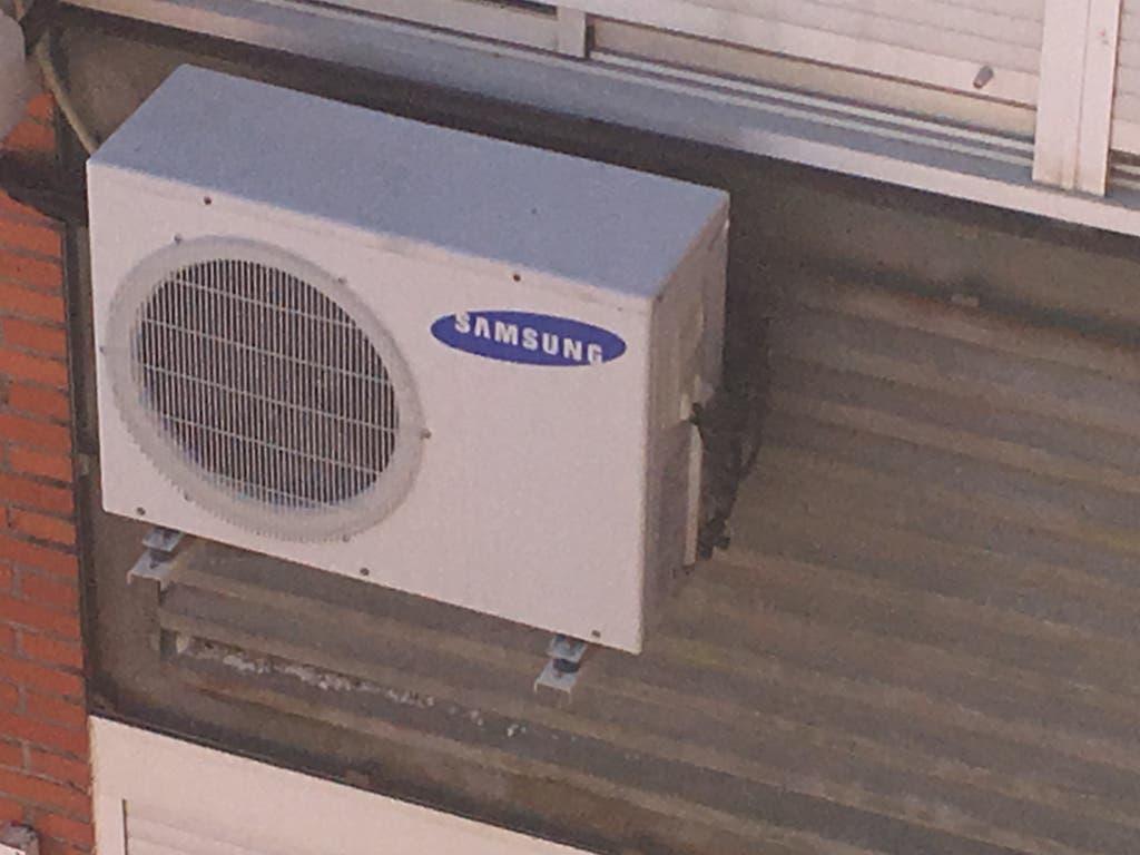 Condenados 7 vecinos de San Fernando a retirar los aparatos de aire acondicionado de la fachada
