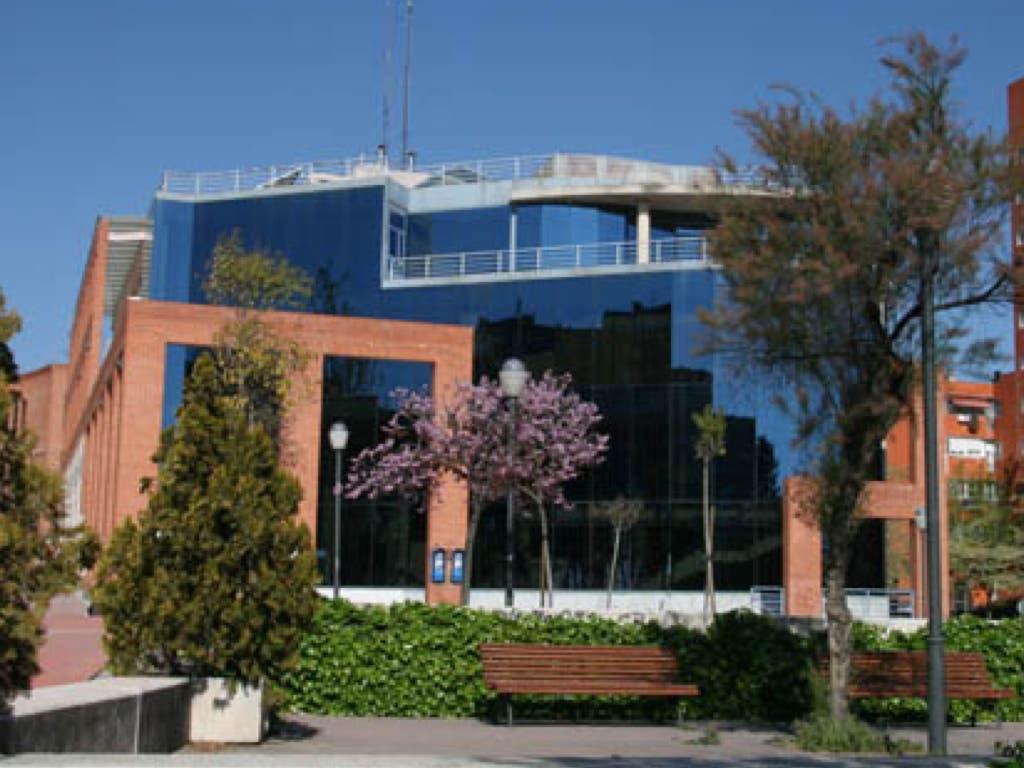 Los desempleados de Coslada «ya no tendrán prioridad en las ofertas de empleo del municipio»