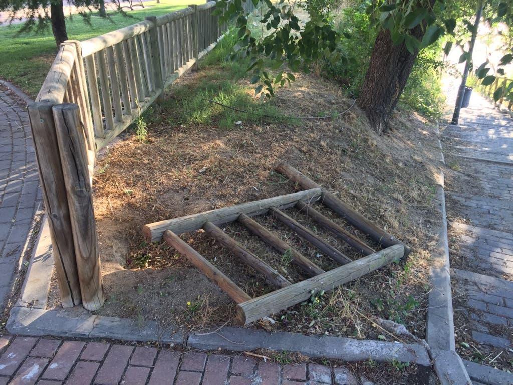 Denuncian «abandono» y «dejadez» en los parques y jardines de Coslada