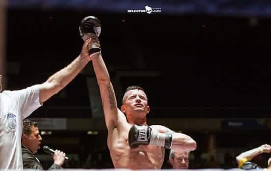 El torrejonero Rubén Nieto gana por K.O. y sigue siendo el campeón de Europa