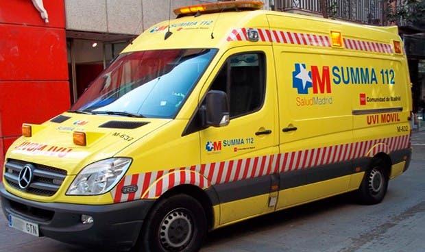 Muy grave un obrero de 37 años tras caer del tejado de un chalé en Torrejón
