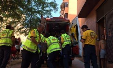 Muy grave una mujer en Vicálvaro tras caer de un segundo piso mientras limpiaba los cristales