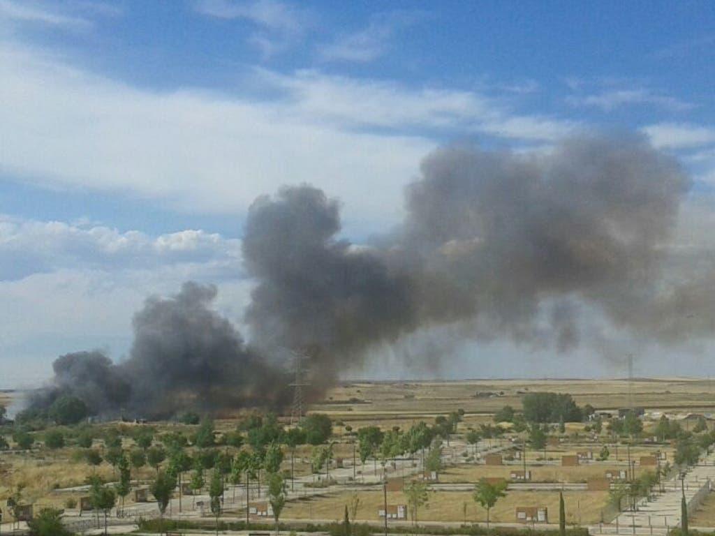 Incendio en un desguace de Alcalá de Henares