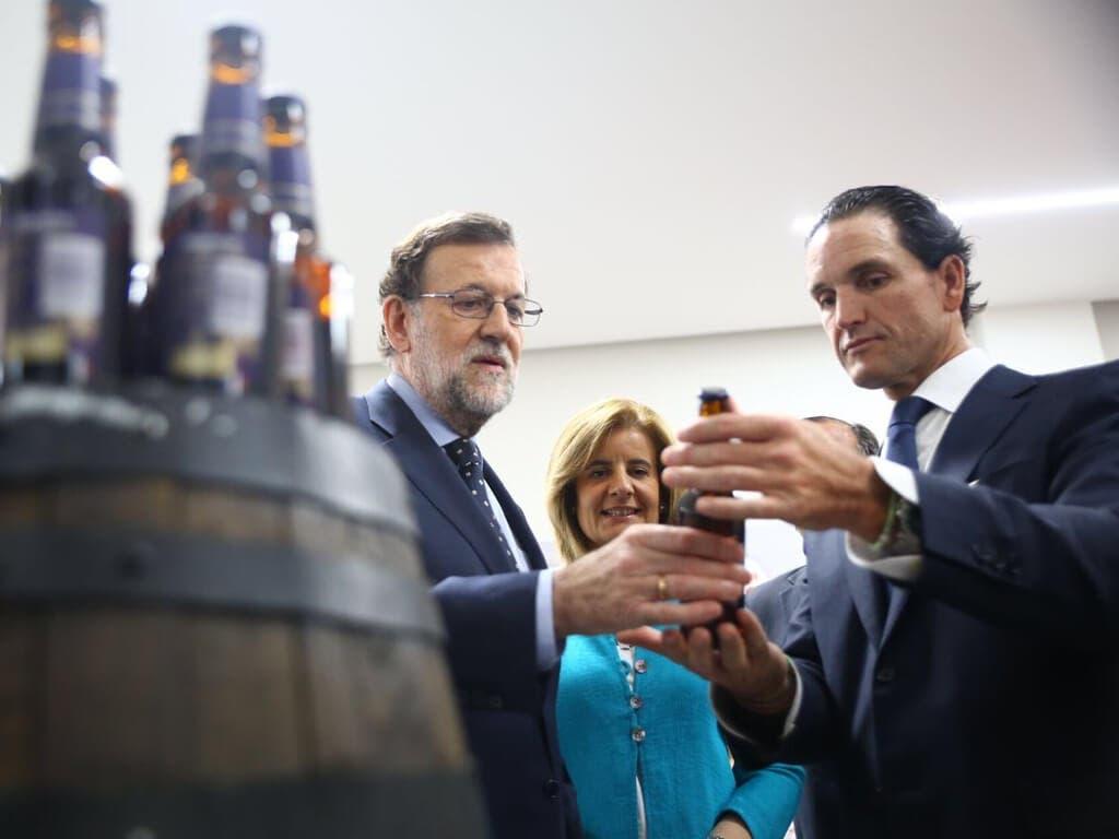 Rajoy visita la planta de Mahou San Miguel en Alovera que da empleo a 600 personas