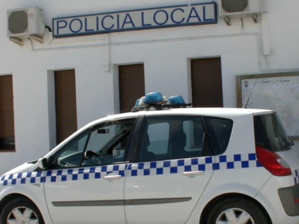 Persecución policial en Torres. Se dieron a la fuga saltando del coche en marcha