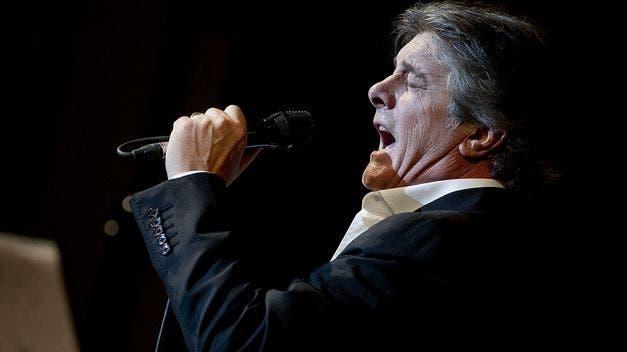Francisco y su promotora denunciarán al Ayuntamiento de Alcalá por suspender el concierto