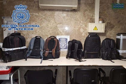 14 detenidos en Barajas por intentar introducir cocaína en un mismo vuelo