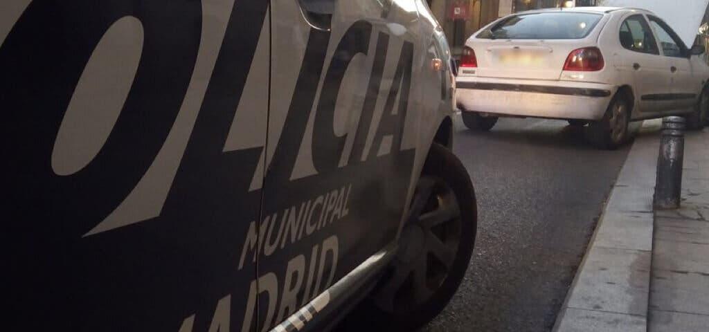 Detenido en Madrid por golpear a su pareja con su bebé en brazos