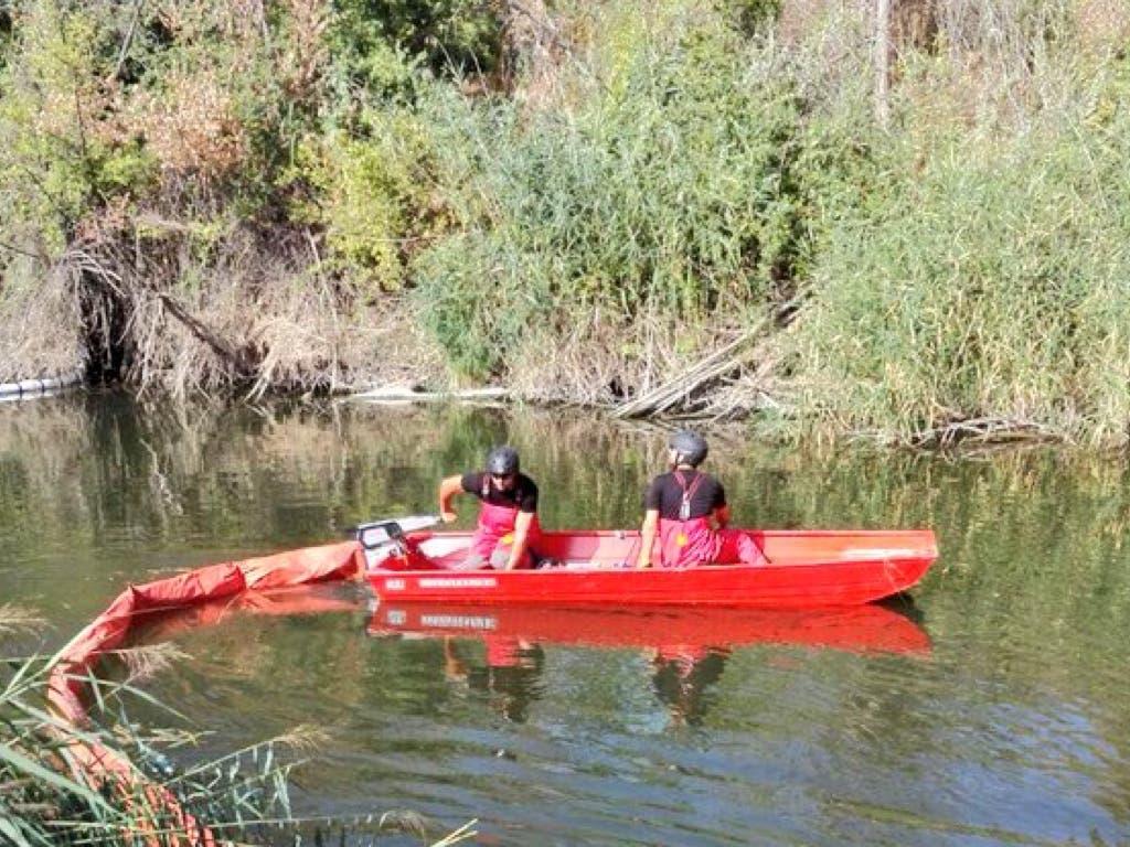 La UME descarta vertidos tóxicos al río Henares