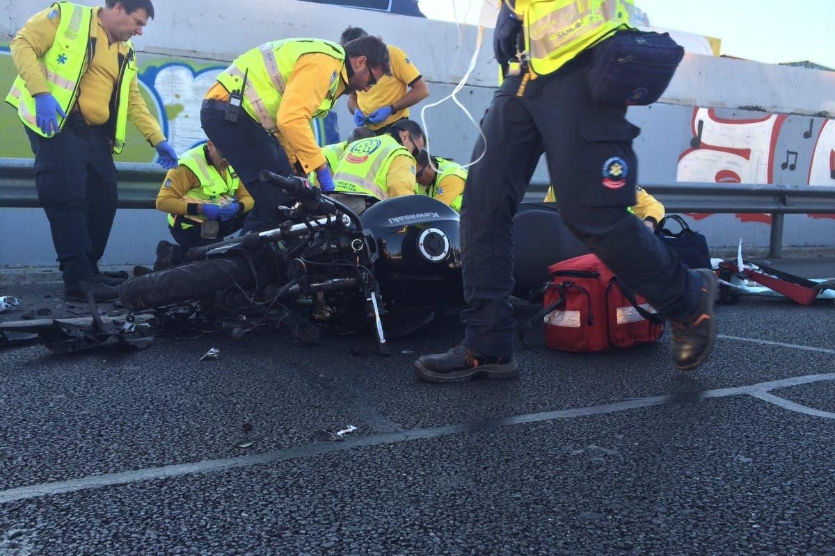 Grave accidente de moto en la M-30. Herido un joven de 32 años