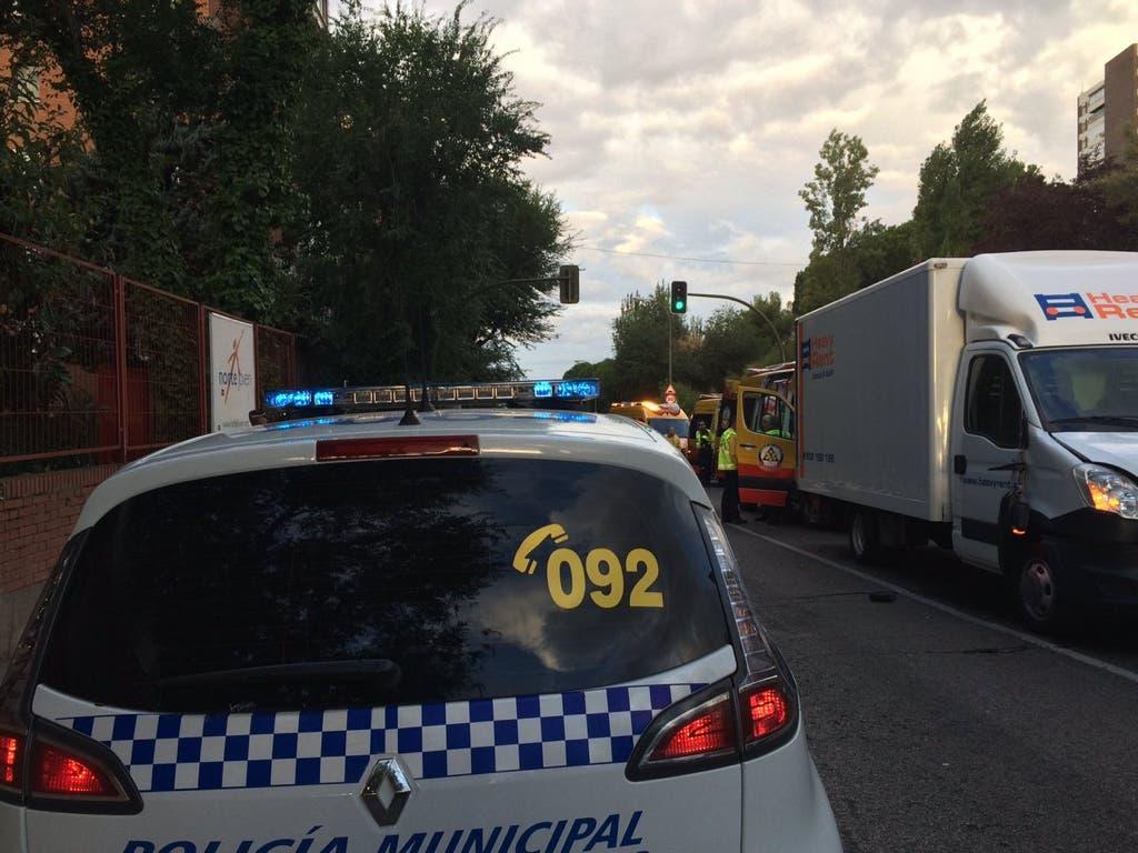 Muere un hombre de 83 años tras ser atropellado por una furgoneta en Madrid