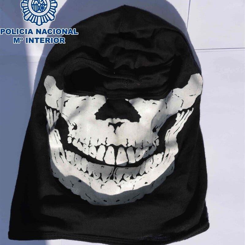 Cinco detenidos en Alcalá por robar comercios con terroríficas máscaras