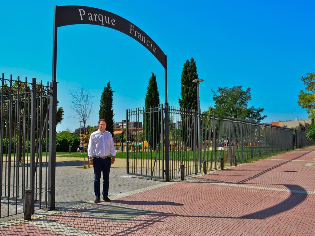 El Ayuntamiento de Torrejón valla nuevos parques a petición de los vecinos
