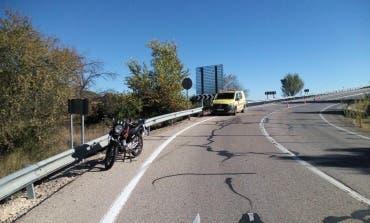 Herido un motorista tras salirse de la carretera en Villar del Olmo