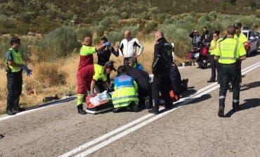 Muy grave un motorista tras salirse de una carretera en Madrid