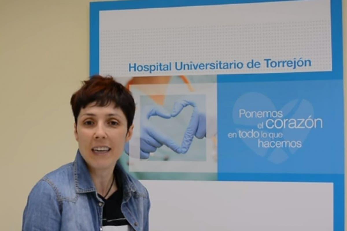 Rocío trata de superar un cáncer de mama en el Hospital de Torrejón
