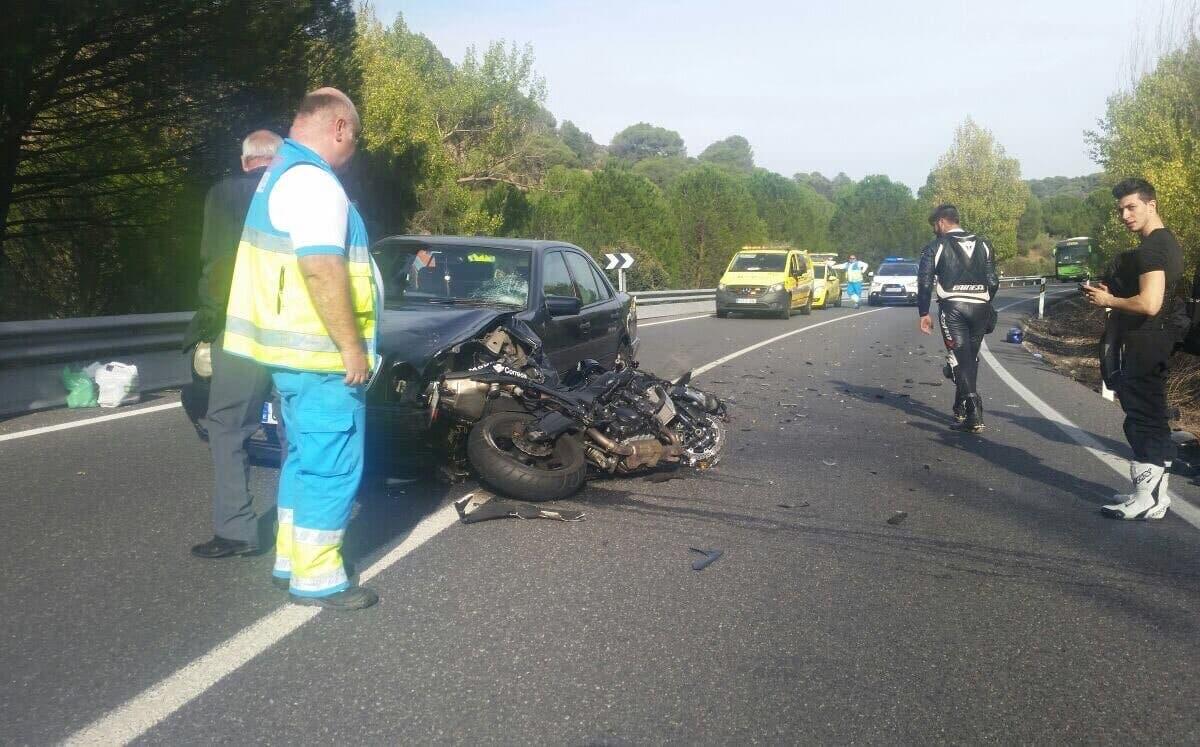 Herido grave un menor de 15 años en un accidente de moto en Madrid