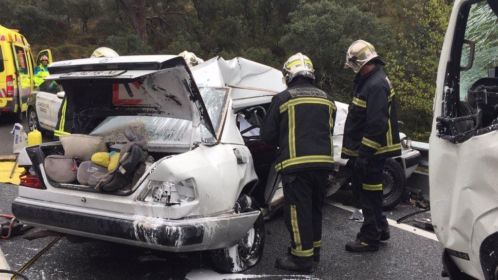 Dos muertos en un accidente en la M-501