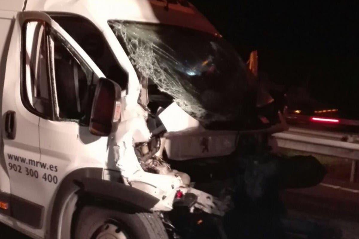 Herido grave un hombre de 49 años en un accidente en la A-3, Rivas