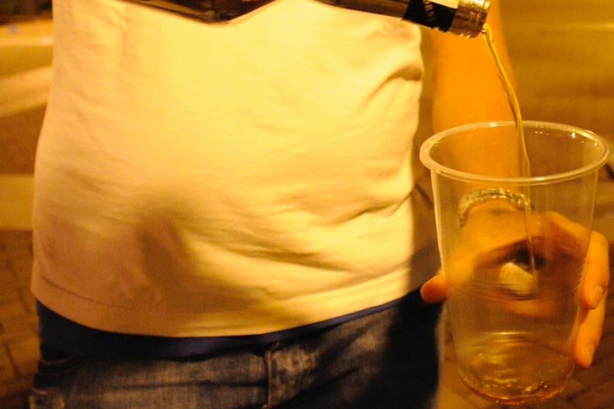 Arganda intensifica la vigilancia sobre la venta de alcohol a menores y los botellones