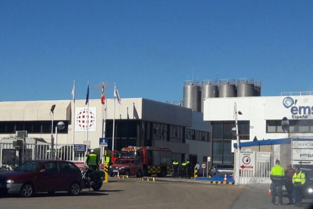 Una explosión en una empresa de Alcalá deja dos trabajadores heridos