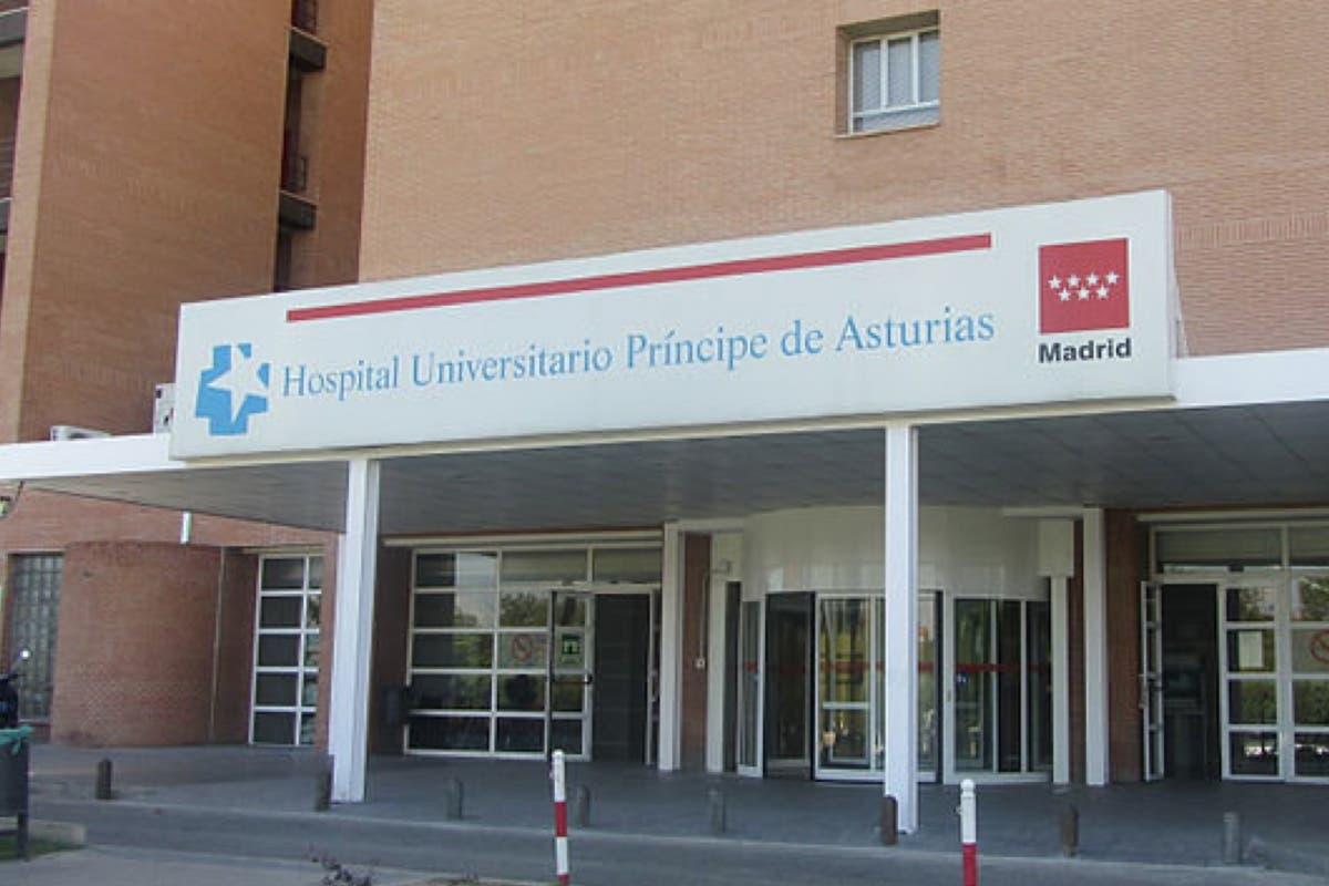 Se quejan de que el Hospital de Alcalá no les paga las guardias: «Tirad de tarjeta»