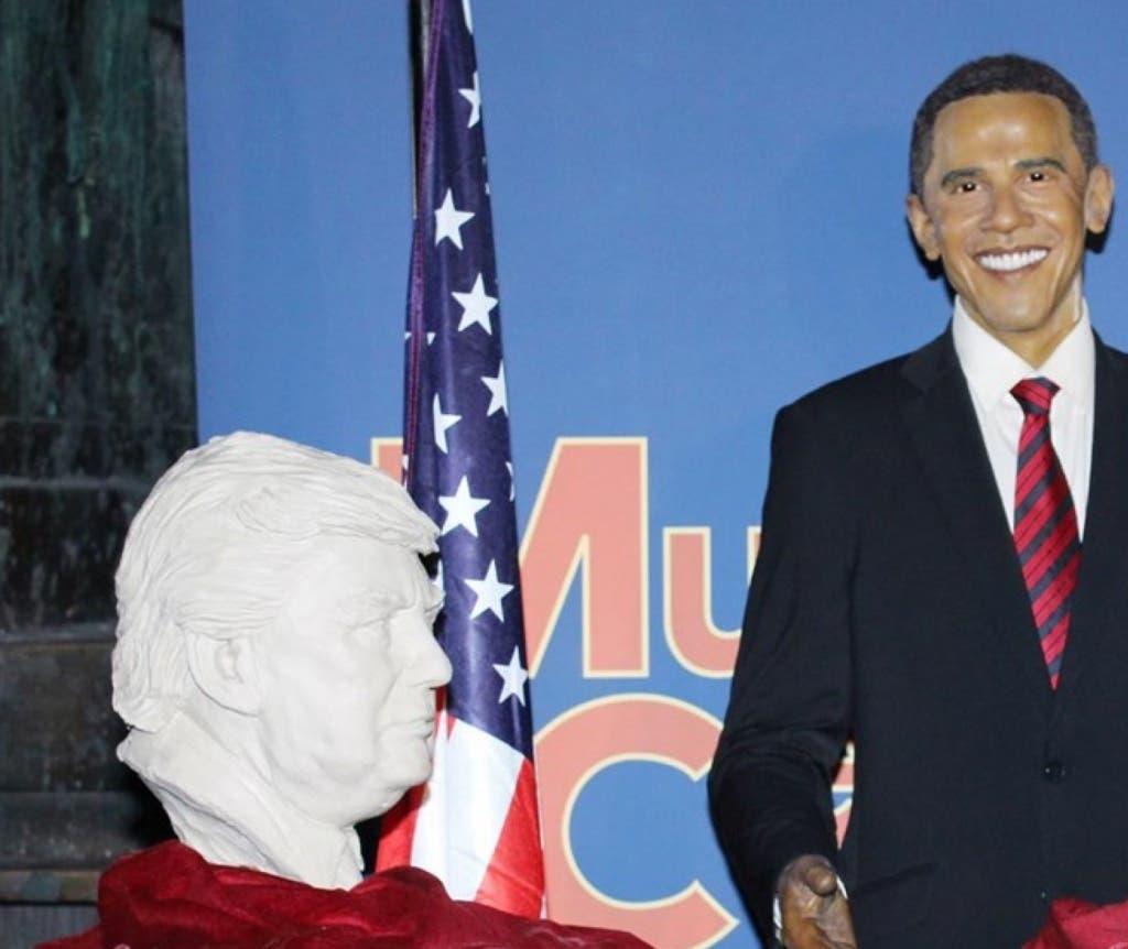 Busto de Donald Trump en el Museo de Cera de Madrid junto a la estatua de Barack Obama, el presidente saliente.