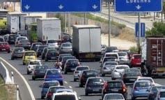 Varios accidentes complican el tráfico en Madrid al inicio de Navidad