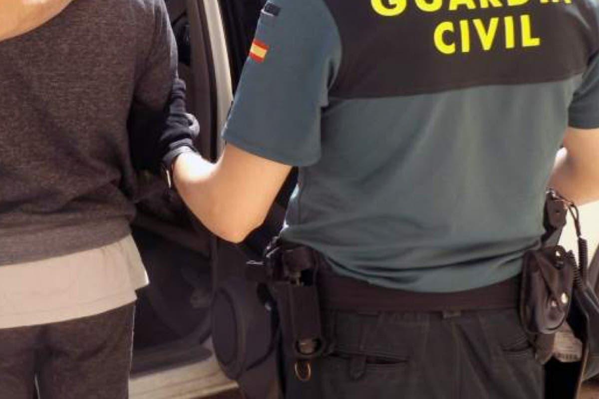 Detenciones en Alcalá en una operación contra la compraventa fraudulenta de coches