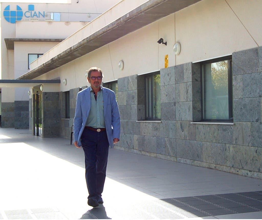 Galo Gijón fue diagnosticado de una enfermedad que ataca al sistema nervioso.
