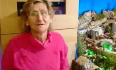 María mantiene viva en Torrejón la tradición del belén desde hace 40 años
