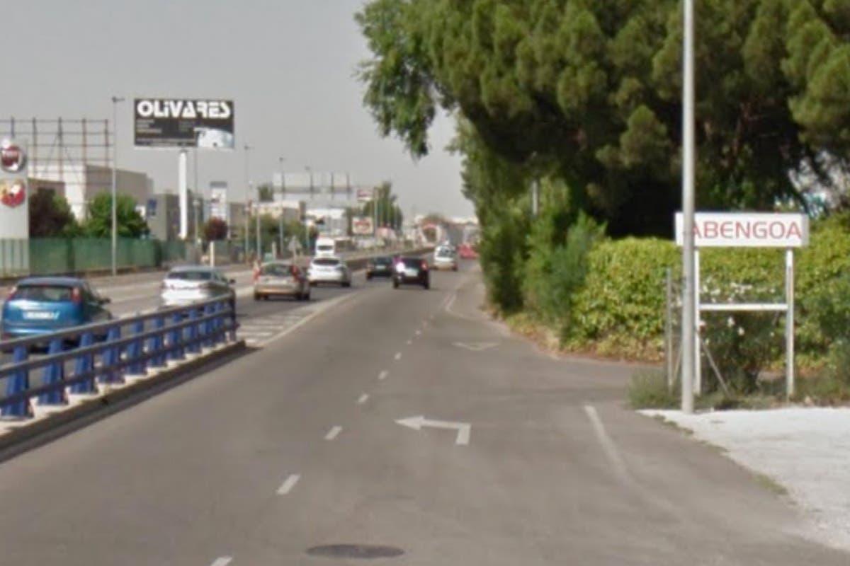 Abengoa anuncia nuevos despidos que podrían dejar hundida la planta de Alcalá