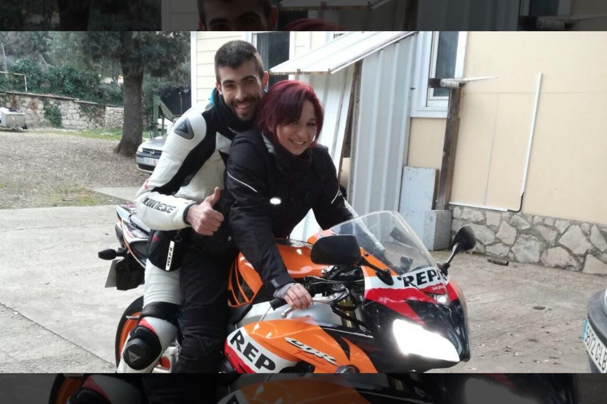 300 motos rugen en Daganzo por Laura y Rafa